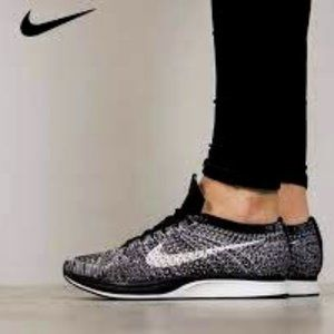 Nike Fly Knit Racer in Oreo/Cookies & Cream- Sz. 6